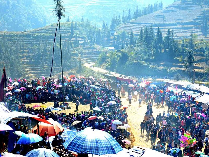 Interesting-Gau-Tao-festival-in-Sapa2