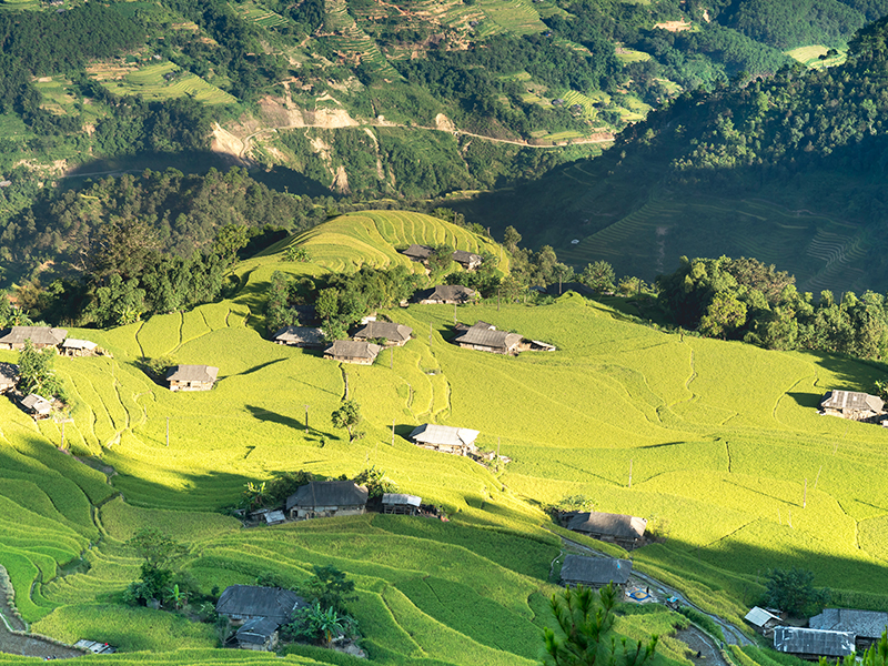 Experience daily life in village of Sapa 2 Days / 2 Nights