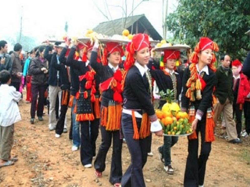 The-top-6-most-impressive-festivals-in-Sapa1