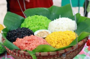 The five-color sticky rice – an eye-catching dish of Tay people in Sapa